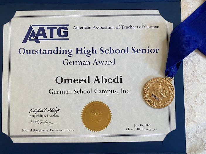 Omeed Abedi Outstanding Senior Award GERMAN SCHOOL campus